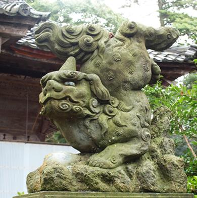 彫りが丁寧で細部が表現されている